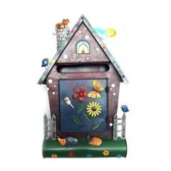Originální ručně malovaná poštovní schránka domek s kočkou a ježky
